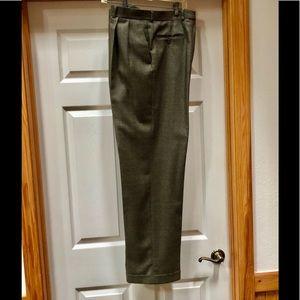 Beautiful dress pants by Ralph Lauren size 34W 32L